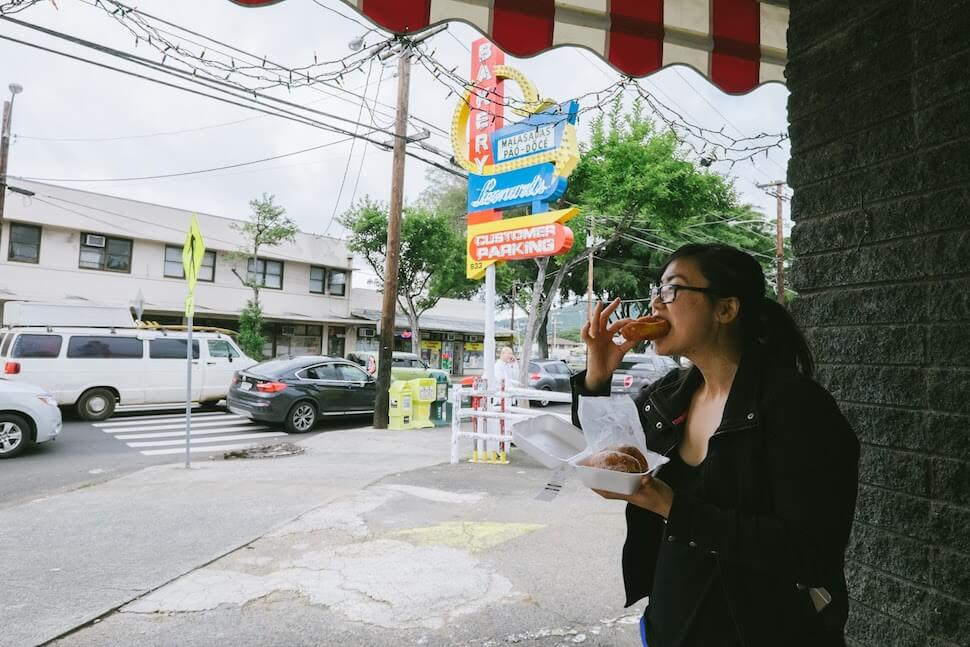 How to Eat Healthy While Traveling – Writer Stephanie Lee Eating Street Food (1)